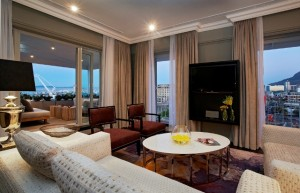 -Presidential-Suite-Lounge13